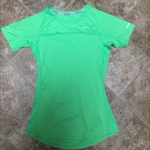Nike Running Dri-Fit Short Sleeve Top Size XS